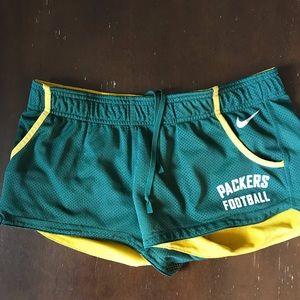 Green Bay Packer Shorts Size M Nike